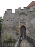 Средневековые врата
