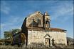 Месхетинское селение Саро. храм Святого архангела, двухярусного типа (XII—XIII веков)месхетинцы делятся на христиан и мусульман. отсюда и такой храм.