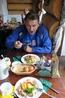 """Обед в кафе """"Елки-Палки""""."""