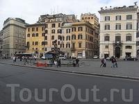 на Piazza Barberini 4