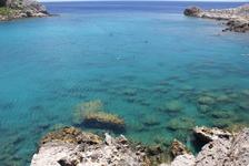 Изумительно бирюзовая вода пляжа Ладико