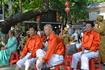 Сад Цин Хуи Юянь Очень понравились китайские пенсионеры.Такие жизнерадостные,веселые.Молодцы!!!Пели,танцевали.Костюмы у всех хорошие,несколько раз меняли ...
