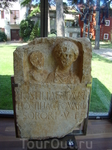 Поездка в Новиград. Музей Лапидариум - музей камня. Надгробие с древнеримской могилы.