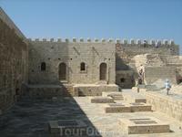 Угол дворика Форта.