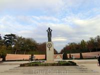 Памятник Хасинто Бенавенте. Проект монумента, посвященного испанскому драматургу, лауреату Нобелевской премии по литературе, награжденному в 1922 году ...