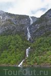 и водопады