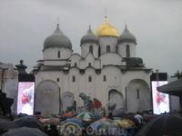 """представление Мариинского театра - опера """"Садко"""" начался дождь, но мы продолжали наслаждаться представлением"""