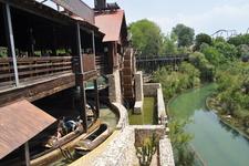 парк Авентура: река