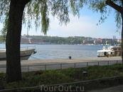 Вид на озеро со стороны Ратуши