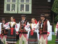 В словацкой фольклёрной деревне.
