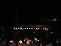"""Джазовый фестиваль-Nits de jazz.Выступление американской группы """" The walnut Street Ragtime Quintet""""."""
