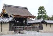 вход в императорский дворец Киото
