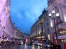 Regent Street. Улица, которая связывает Риджент –парк и южный центр Уэст-энда. На ней находится много модных бутиков, магазины самых дорогих марок и английский ...