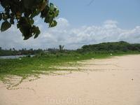 Пляж на острове.