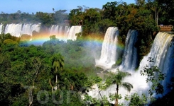 Радуга на водопаде.