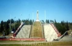 Самый высокий в Европе трамплин был построен в Осло к Олимпийским играм.