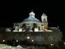 Ночь спустилась на город очень быстро и в какой-то момент я поняла, что мы находимся недалеко от собора San Fransisco El Grande и есть шанс попасть на ...