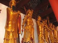 Четырем небесным владыкам подчиняются 8 божеств-генералов