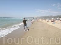 Средиземное море,вода  была холодная- не купался