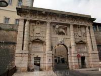 Земные врата. Главный вход в старый город