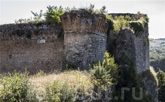Замок в Кастрокаро