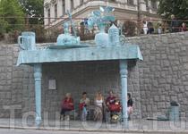 Необычная автобусная остановка в Либерце