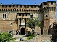 """Градара. В этом замке жила Франческа да Римини (см. """"Божественную комедию"""" Данте)"""