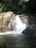 у водопада Pha-nga