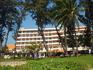 Отель, вид с пляжа
