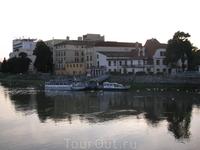 Тур катера на реке Ваг.