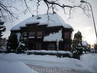 Пярну. Снега полно, но чувствуется солидность...