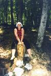 В сказочном лесу множество сказочных зверей, одного я оседлала - это был Ёж =)