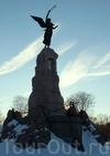 Фотография Русалка памятник