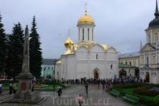Свято-Троицкий собор.