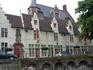 Богадельня  памяти детей Алейна ,1363год постройки,  ныне музей  этнографии.