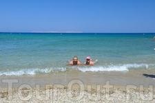 Вай - Пальмовый пляж, Вай расположен в 28 км к востоку от г. Сития и в 2 км от Итана.