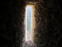 окошко в замке