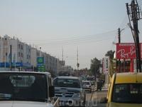 а это мы уже на турецкой части, в городе Фамагуста - это город-крепость и имеет четыре названия: Фамагуста, Газимагуса, Аммохостос или Магоса. Местные ...