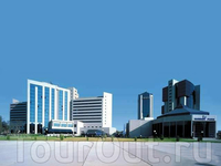 Деловой центр Ташкента.  IBC - Международный бизнес центр (здесь расположены главные офисы Всемирного банка, Международного валютного фонда, Азиатского ...