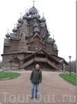 Преображенская церковь в Кижах в капитальном ремонте. А это уже Покровский Погост в Санкт-Петербурге.