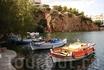 """""""Бездонное"""" озеро Вулизмени. По преданию, в нем купались богини Афина и Артемида. До 1867 года это озеро было вторым пресноводным озером о.Крит, но потом ..."""