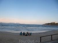 Вечереет на пляже Копакобана