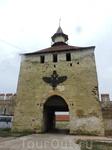 Одни из ворот крепости