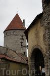 мне очень нравятся эти башни средневекового города