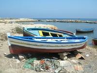 Рыбацкие лодки.