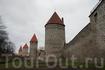 Таллинн - один из немногих городов, который сохранил свои средневековые стены с башнями