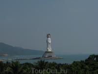 Богиня Гуаньинь. Самая высокая статуя в мире. Выше статуи свободы