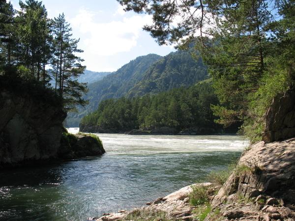 Слияние двух рек-Чемал и Катунь