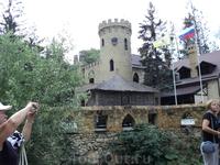 Место,где находится замок коварства и любви