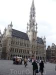 Брюссель.   Городская  Ратуша  на  Гран - Плас.